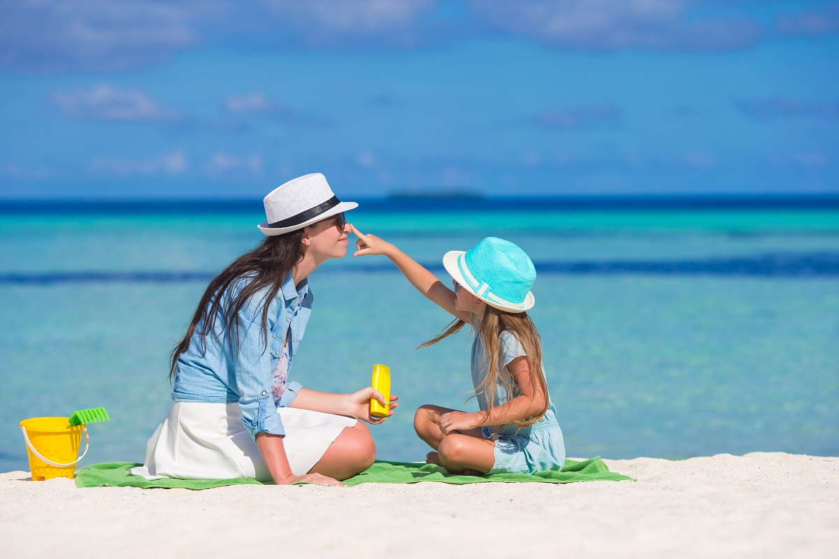 6 FUN AND ACTIVE BEACH GAMES FOR KIDS