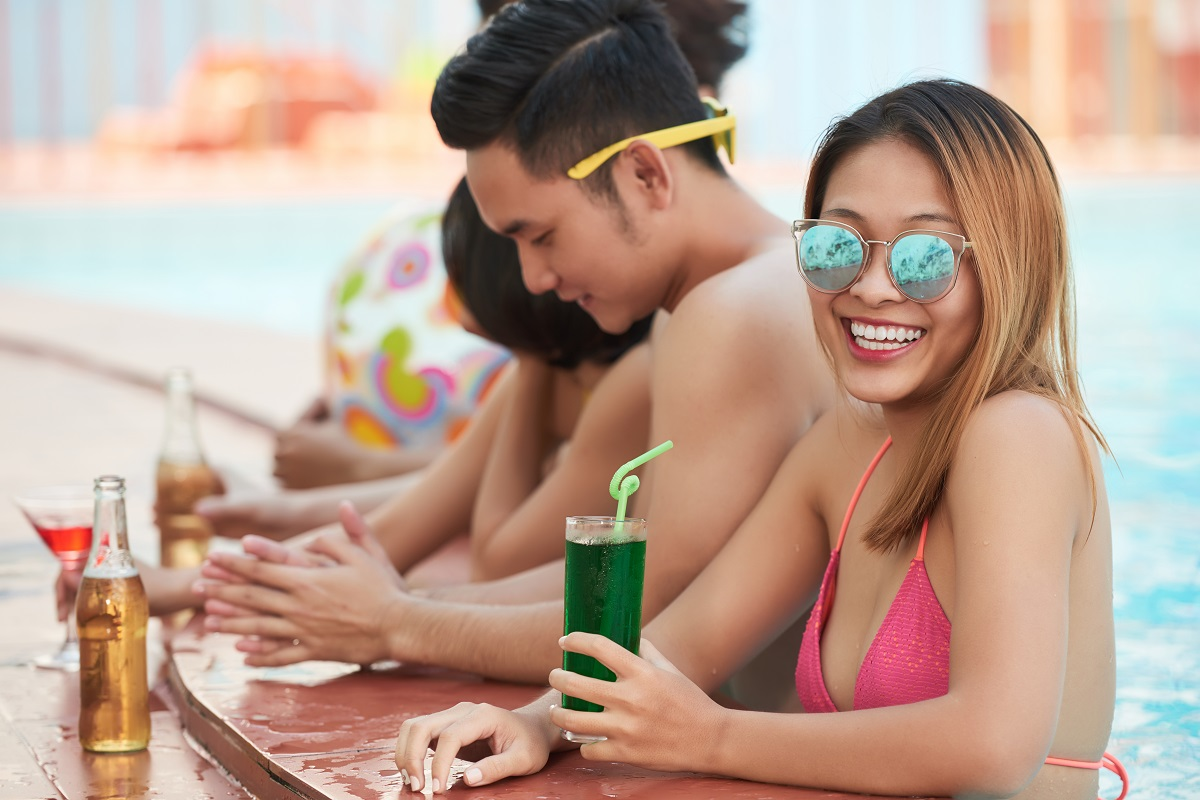 4 Best Adult Board Games to Play at the Beach