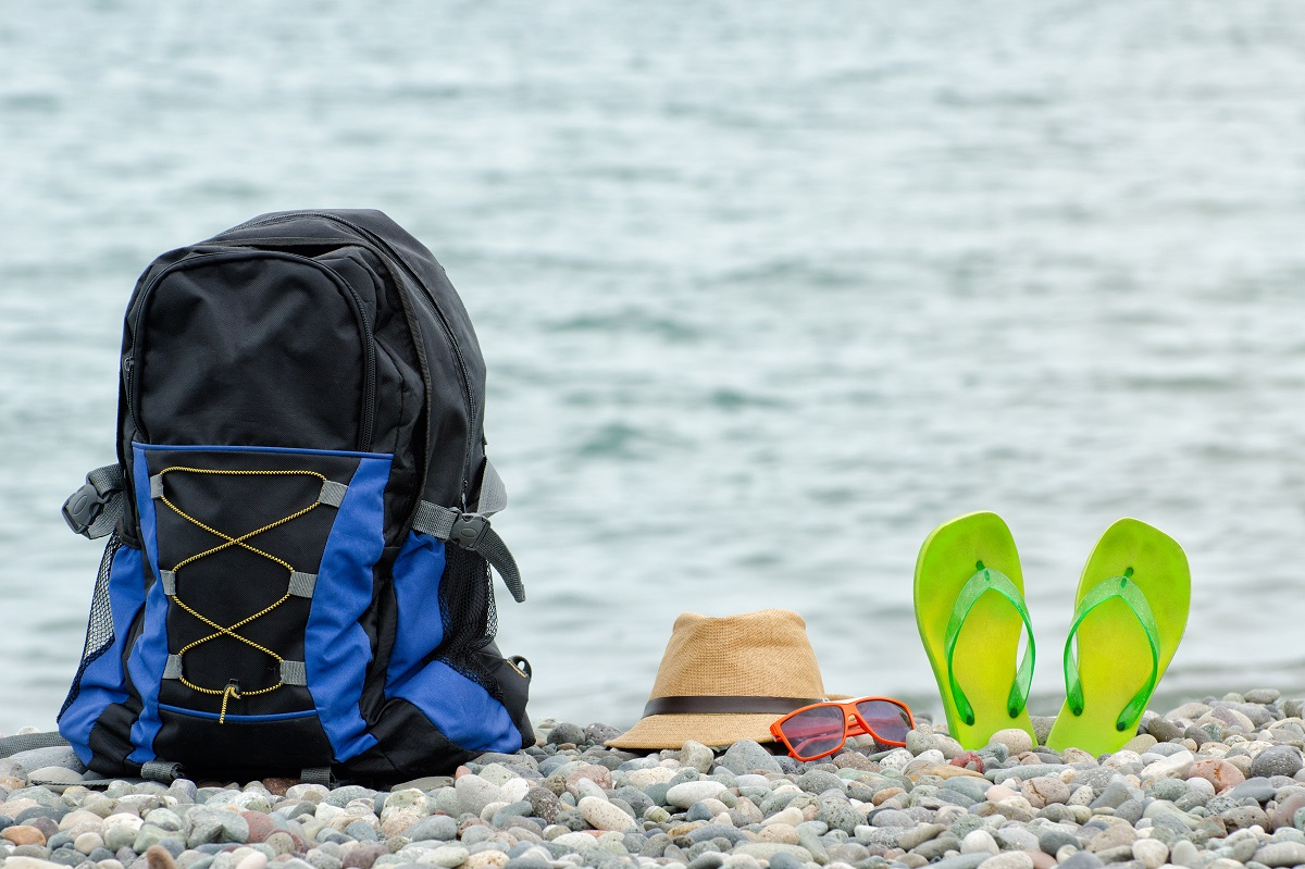 Minimalist Backpacking Guide For Your Next Beach Vacation